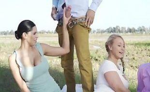 Mulheres de bucetas gostosas penetradas na compilação