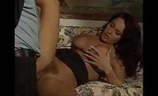 Sexo com italiana Danila Visconti dando o dotado