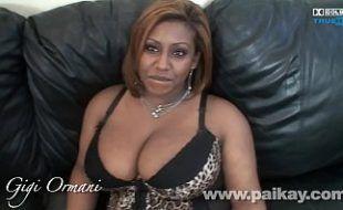 Sexo com negra gorda transando na web cam