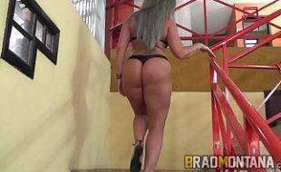 Brasileira branquinha pelada na webcam