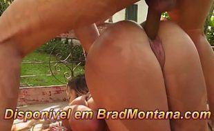 Porno brasileira hd gostosa dando beira da piscina