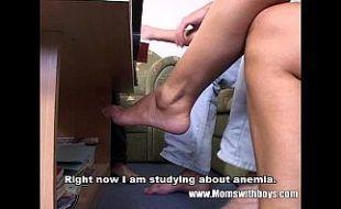 Youjizz mãe professora particular metendo com filhos na hora de estudar